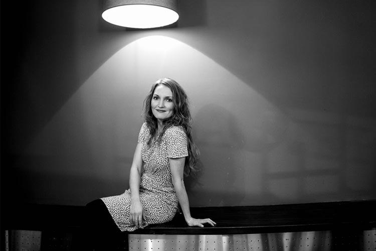 Karina Opdal på Baroniet Rosendal med songar av Marlene Dietrich, Marilyn Monroe