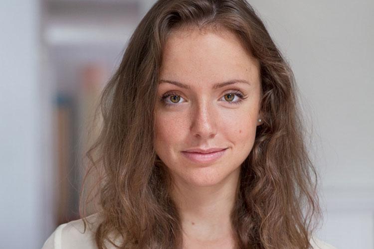 Rebecca Dinerstein, forfattar. Foredrag på Baroniet Rosendall