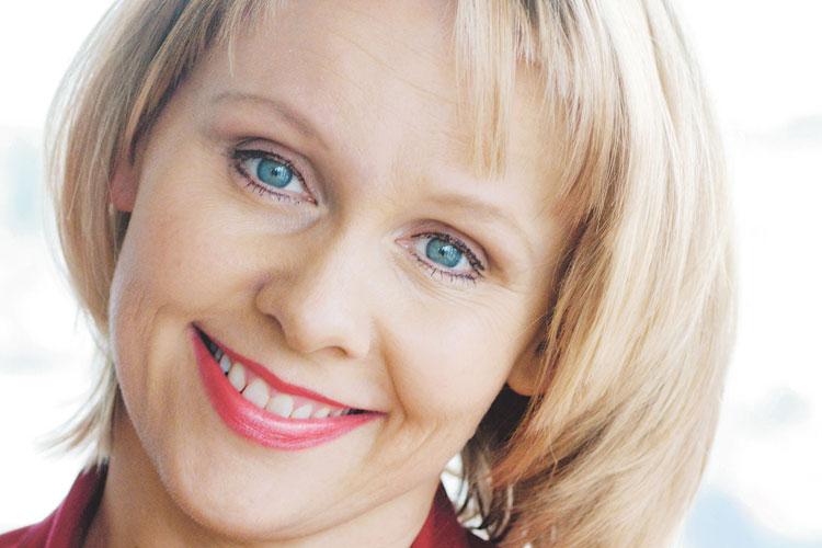 Solveig Kringlebotn, sopran, på Baroniet Rosendal