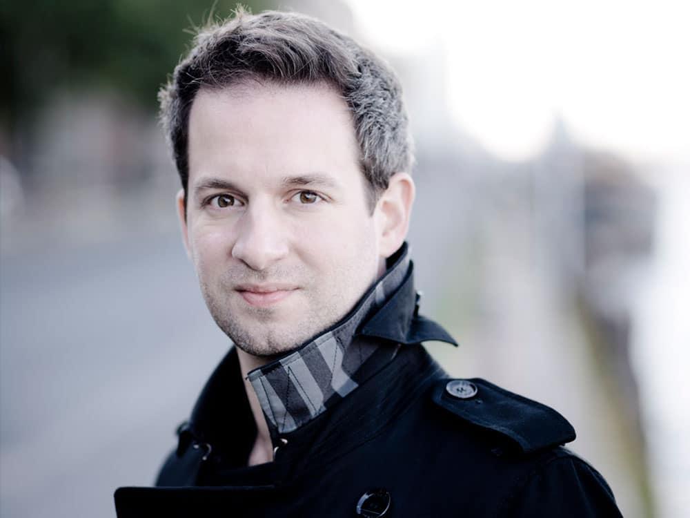 Bertrand Chamayou. Marco Borggreve, Warner Classics
