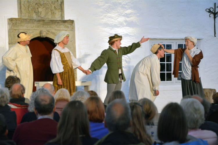 The Festival Players performing William Shakespeare in Rosendal